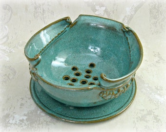 Decorative Berry Bowl/Colander  With Tray in Speckled Aqua
