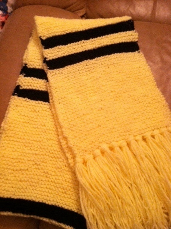 Knit Harry Potter Scarf Pattern : KNITTING PATTERN ONLY Harry Potter Hufflepuff inspired
