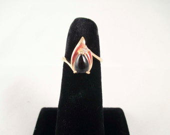Gold Ring Onyx Stone Size 5 Tear Drop