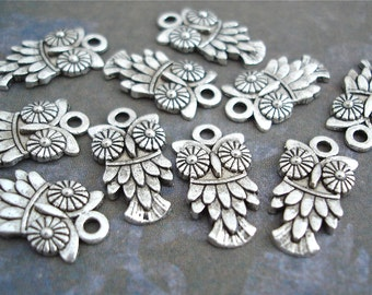 10 Owl Charms Silver Antiqued