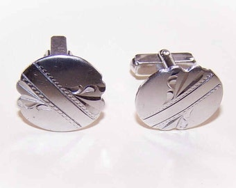 1950s STERLING SILVER Cufflinks with Engraved Fronts