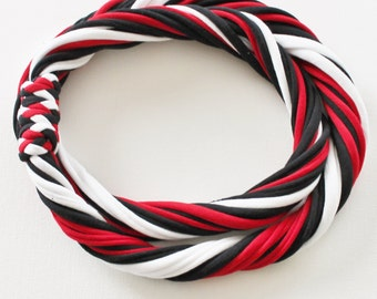 T Shirt Scarf - Infinity Circle Scarves Cotton - Black White Red Casual Blackhawks Huskies Wisconsin Badgers Team Sports