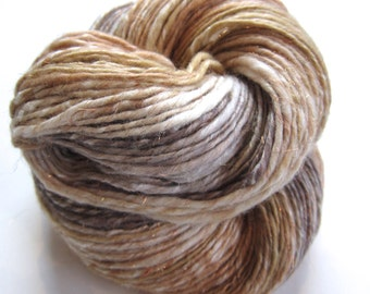 248 yds, heavy worsted weight singles, handspun yarn, self striping, 'Sandstone'