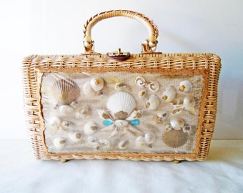 Vintage 1960 Wicker Seashell Purse Handbag Beach Accessory Shells Basket Purse Top Handle Bag