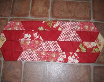Table runner in brick red