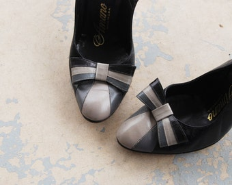 CLEARANCE vintage 50s High Heels - 1950s Ombre Bow Shoes - Black Slingback Pumps Sz 4 35
