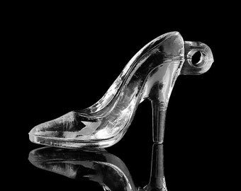 """Acrylic Shoe - """"Glass"""" Slipper - Package of 10"""