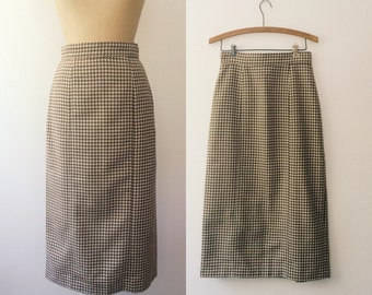 vintage wool skirt / vintage plaid skirt / Landwalker skirt
