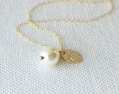 Pearl Bridesmaid Necklace | Personalized Bridesmaid Gift | Gold Leaf Necklace [Leaflette Monogram Necklace]