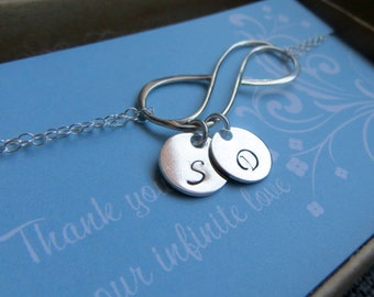 Mom birthday gift, infinity bracelet with childrens initials, mothers day, sterling silver double chain, personalized infinity jewelry, tjb