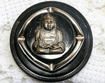 Magnetic Brooch Vintage with Silver Buddha on Black Casein Button