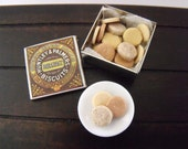 1.12th Scale Dolls House Miniature Food item, Huntley & Palmers Breakfast Biscuits, Tin of 24