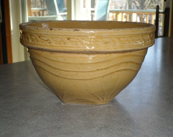 McCoy Pottery Sunrise yellowware stoneware yellow Mixing Bowl