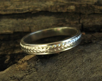 Sterling Rolling Wheat Ring