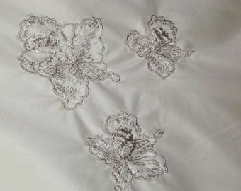 Vintage Berkshire Ivory Half Slip Nylon Lace Large Embroidered Flowers