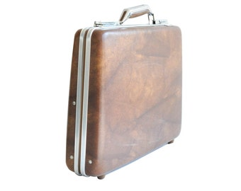 Vintage-American Tourister- Escort- Brown- Briefcase with Key