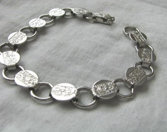 Vintage silver tone disc bracelet Young & Gay by Sarah Coventry