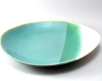 Oval Serving Bowl-Serving Dish-Tableware-Pottery Bowl-Green-White-Stoneware-Slab Built-Pearl Green Glaze-Soft Cream Glaze