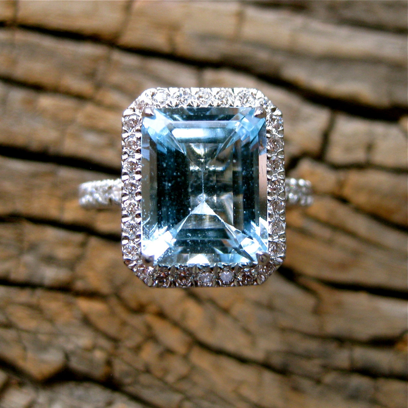 sky blue aquamarine engagement ring in platinum with diamonds. Black Bedroom Furniture Sets. Home Design Ideas