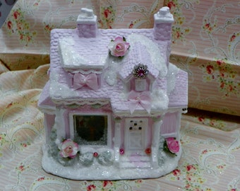 This Shabby Christmas houses are the new fashion that is taking over shelves every where. They are so elegant and victorian looking.