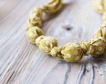 Dusty yellow organic cotton nursing / babywearing necklace - wooden beads and organic cotton - Free Shipping