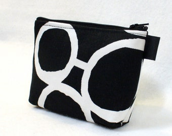 Bridesmaid Gift Black and White Cosmetic Bag Free Hand Fabric Gadget Pouch Zipper Pouch Makeup Bag Cotton Zip Pouch MTO