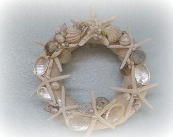 Dancing Starfish Seashell Wreath