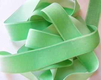 Vintage 1930's German Velvet Ribbon 1 7/16 Inch Gorgeous Carnation Green