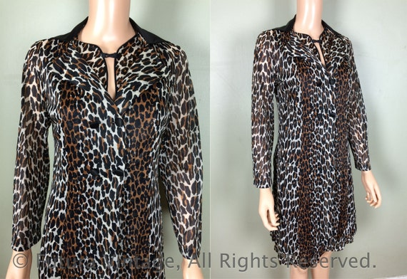 1950s VANITY FAIR Two Piece Leopard Print Nightie and Matching Robe with Black Contrast Collar-S/M