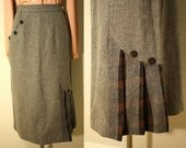 Vintage 50s Wool Skirt: Unique Detailing Gray Brown Plaid Insets S 6 8