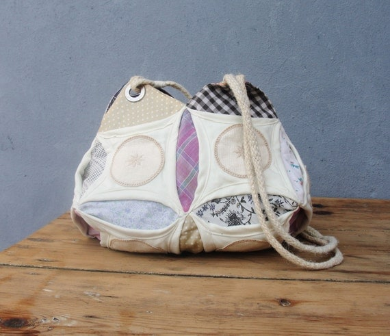 Peek-A-Boo Bag - Cathedral Window Quilting and Orinuno with Vintage Fabrics