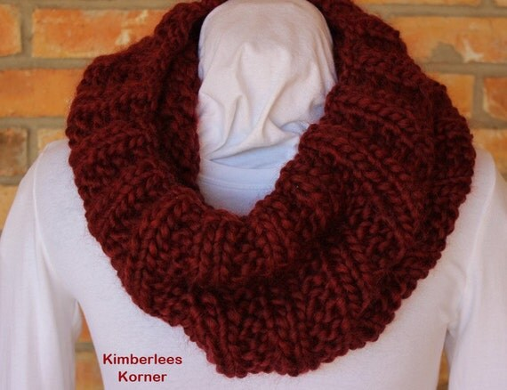 Knitting Patterns For Mega Chunky Wool : Knitting Pattern Chunky Knit Cowl Patterns by KimberleesKorner