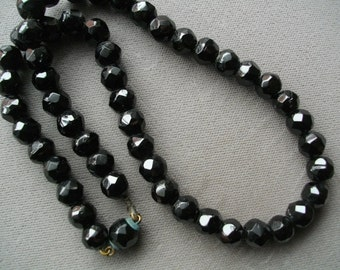 Necklace Antique Victorian Edwardian French Jet Faceted Beads Necklace Mourning Jewelry Gothic Collectible