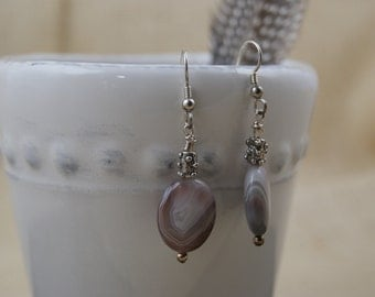 Neutral Agate earrings