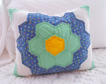 CHARMING Vintage Cottage Flower Garden Quilt And Chenille Pillow