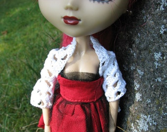 Small White Skull Shawl for Dolls fit Blythe and Pullip Dolls