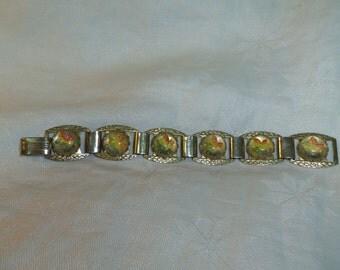 Canada Maple Leaf, Souvenir Bracelet Goldtone Metal with Enamel