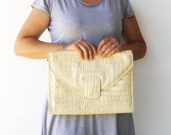 Vintage Faux Leather Bag / Large Cream Purse