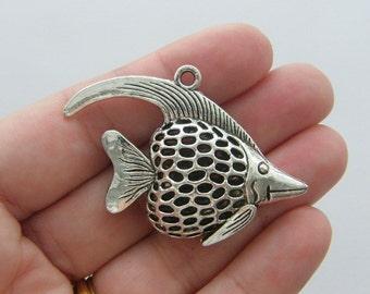 1 Fish pendant tibetan silver FF20
