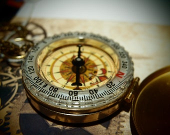 Old Worlde Compass explorer Necklace Working Compass on matching chain