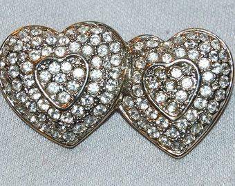 Vintage / Brooch / Rhinestones / Heart  / old jewelry