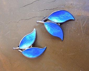 Modernist David-Andersen Norway Gold Washed Sterling & Blue Enamel Double Leaf Earrings Willy Winneass Gorgeous