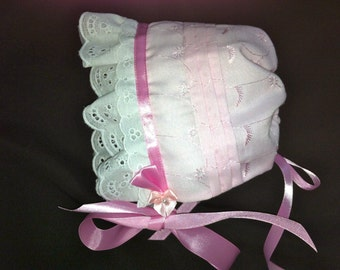 Pink Eyelet Baby sun Bonnet Hat Lace and Tucks with White Lace Trim size nb - 3 months only