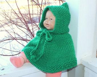 St.Patrick's baby cape. Handknit baby poncho. Green wool poncho. Unisex.  Newborn to 18 months Irish children clothing Baby car seat wrap