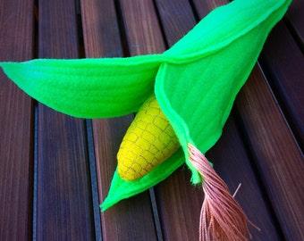 Felt Corn on the Cob, yellow Felt Corn, realistic looking Pretend Play Food or Home Decor