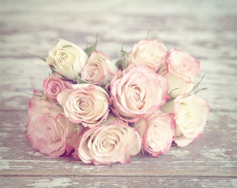Pink Roses Photo, Pink Roses Print, Bouquet of Roses, Shabby Chic Decor, Cottage Chic Rose Print, Pink Rose Still Life, vintage style roses