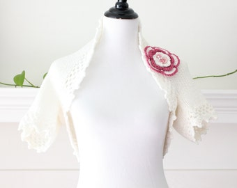 Knit Soft White Shrug with Flower