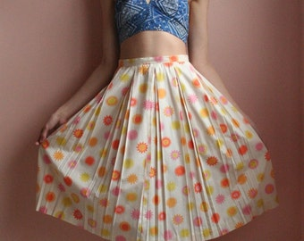 50's Skirt / Cotton Midi Skirt / Sunshine Summertime Cotton Skirt / Picnic Skirt / Garden Party Skirt / Retro Sun Print Skirt