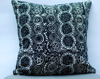 Handmade Marimekko Pillow Cover, Black and white, Double-sided, Patterns: Kivet and Praliini, Upholstery weight pillow