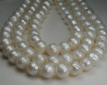 9-10mm Faceted Pearls Creamy White 12 pcs.